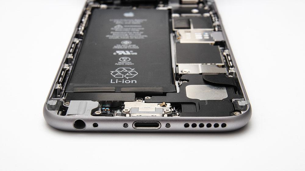 Внутреннее устройство iPhone