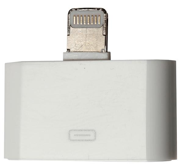 поддельный адаптер Apple