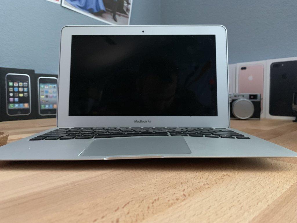 вздутая батарея MacBook Air
