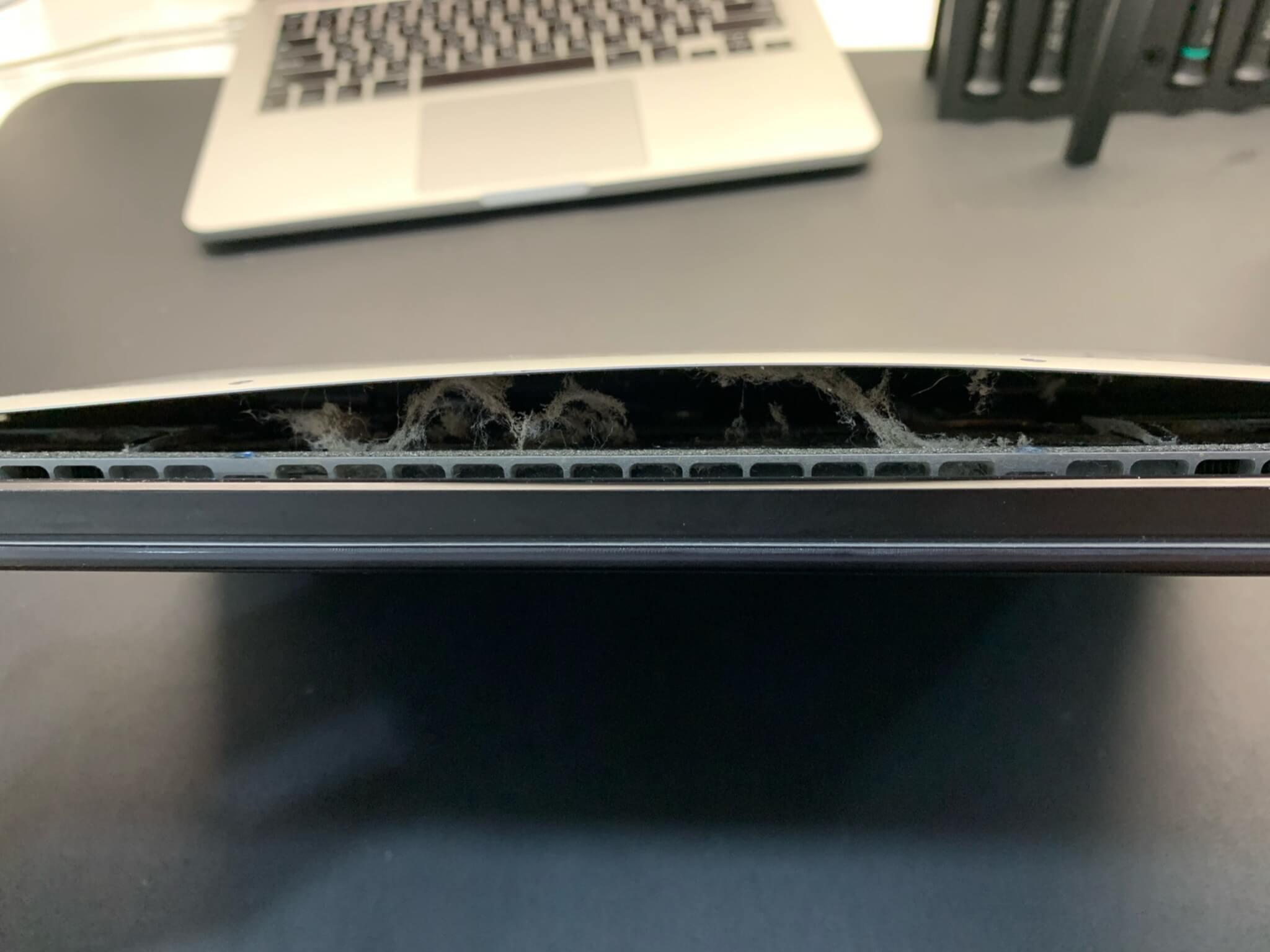 """вздутая батарея MacBook Pro 15"""""""