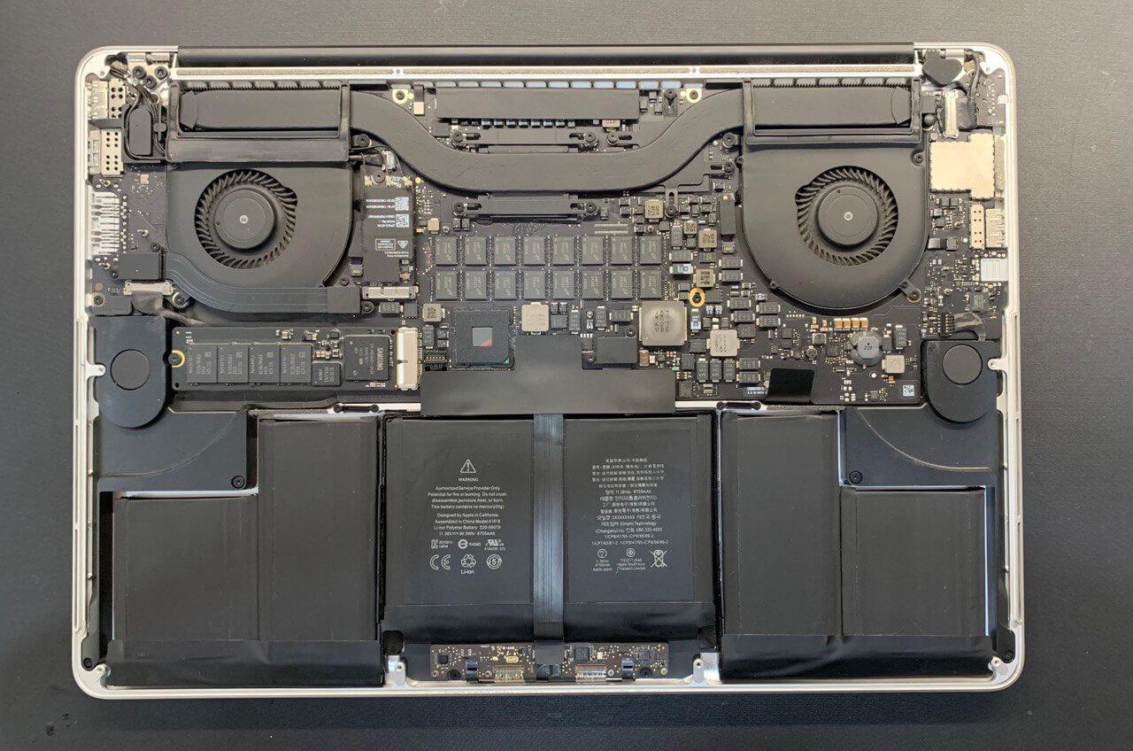 Замена аккумулятора MacBook Pro в UiPservice